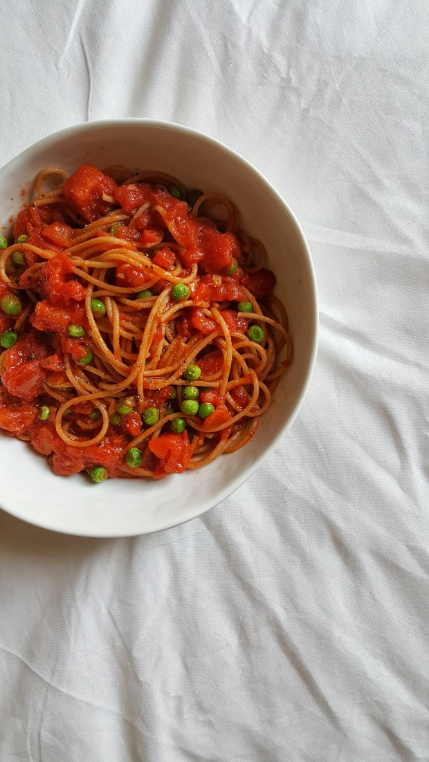 Simple spaghetti sauce straightupbananas